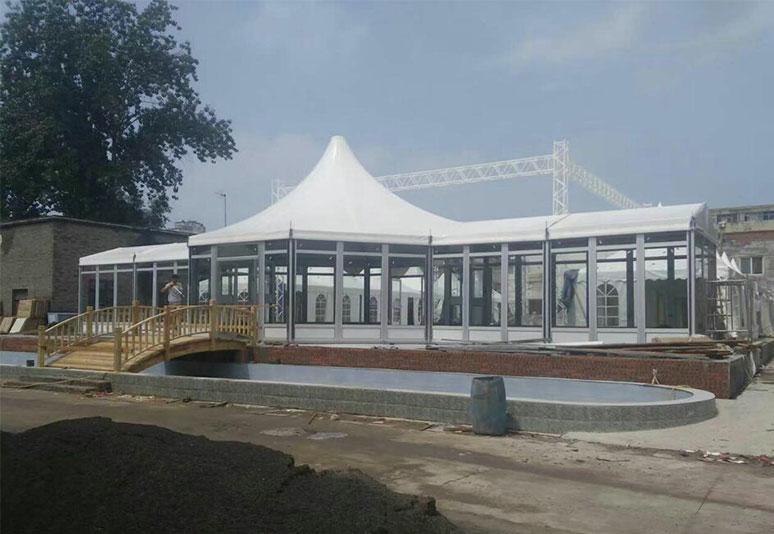 2017河南公园玻璃帐篷